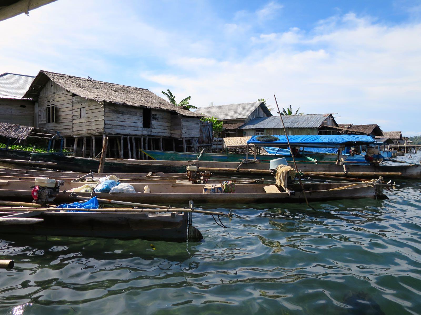 Veneitä Wakain satamassa