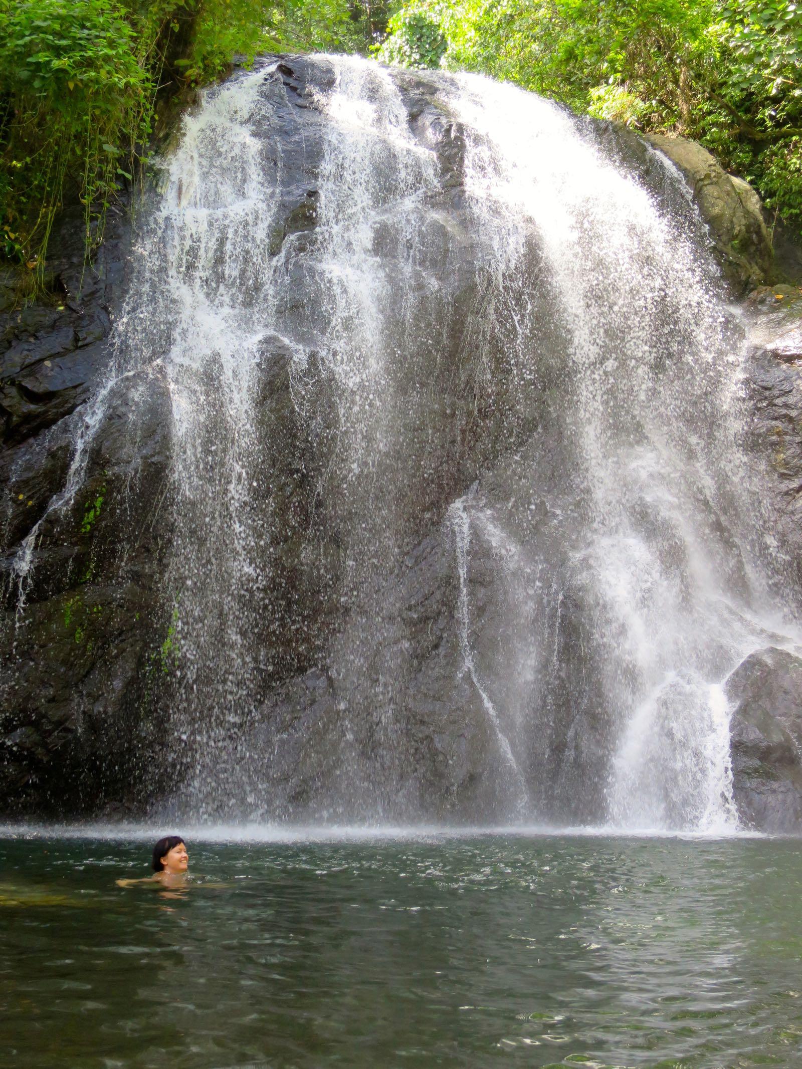 Nakawaga-vesiputous. Ihana paikka viettää pieni uimahetki :)