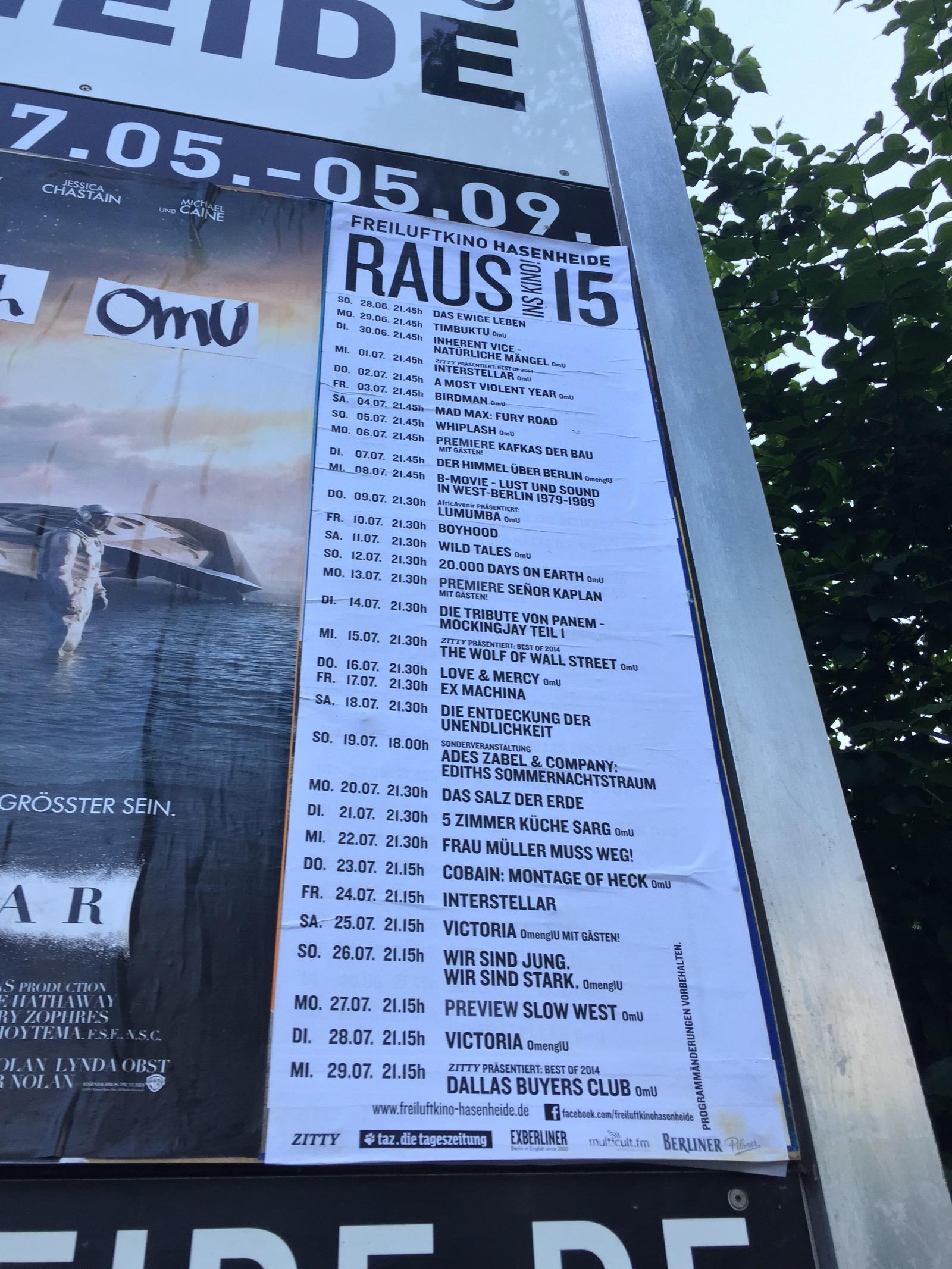 Harmi, että ulkoilmaleffaan ei keretty tänä kesänä (vaikka yritys oli kova). Leffoja pääsee näkemään mm. Hasenheidessä ja Treptower Parkissa.