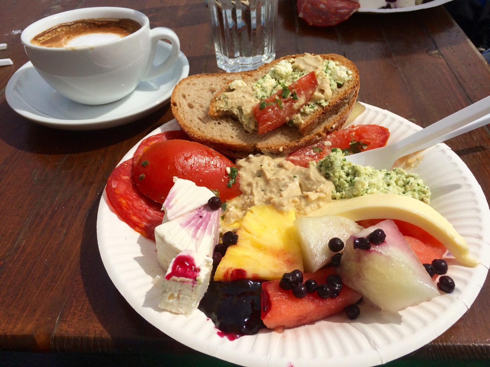 Klunkenkranichin aamiainen