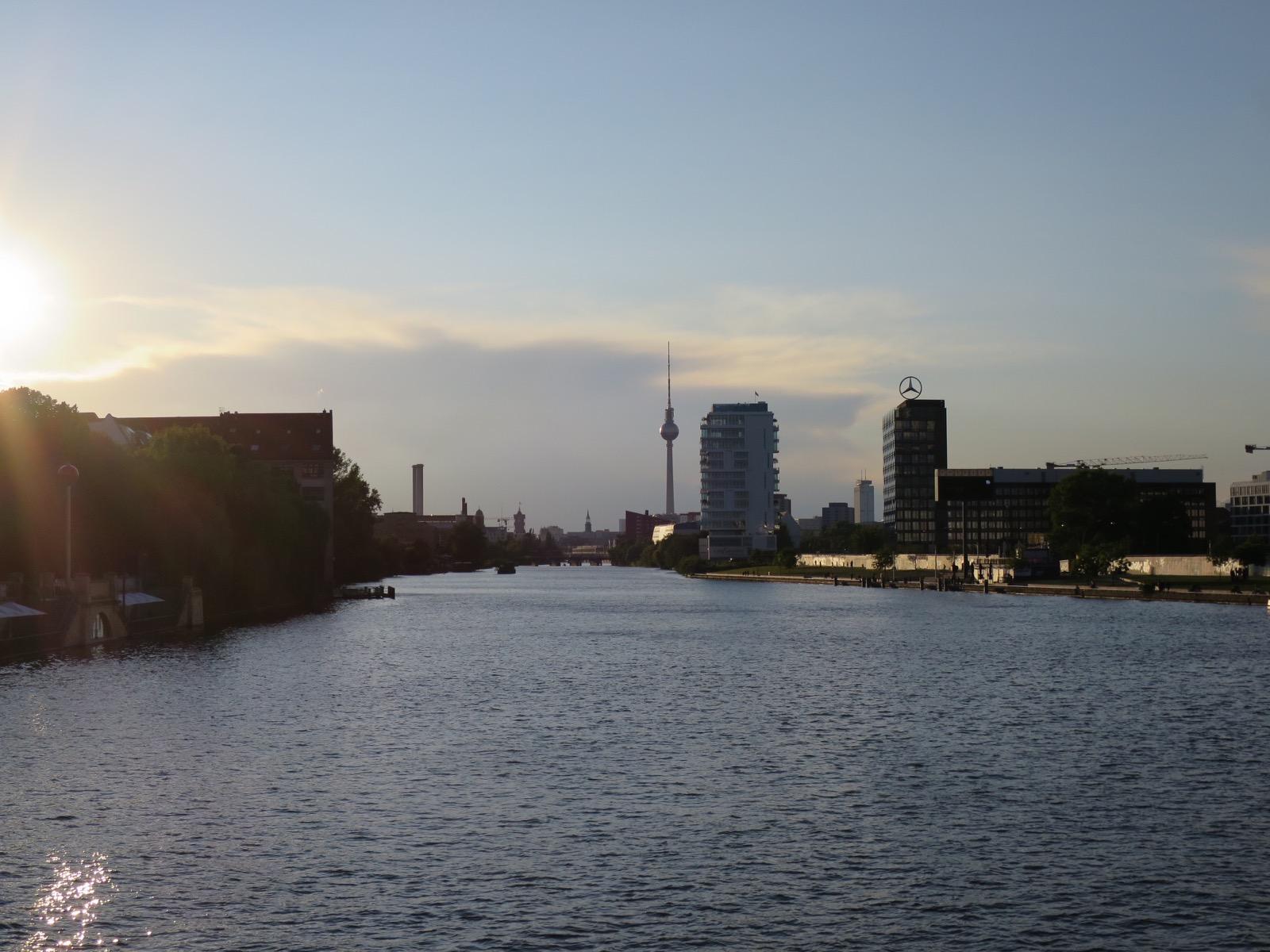 Näkymät Oberbaumsbrückeltä